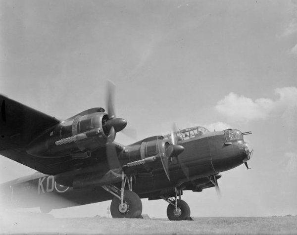 Avro Lancaster Mk. II DS794