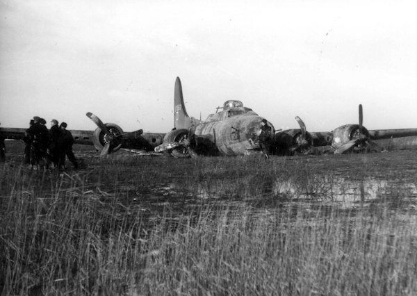 Boeing B-17G 42-37950, Dinah Might