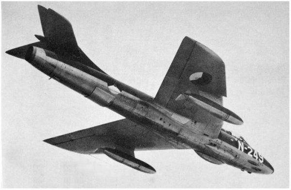Hawker Hunter F.Mk.4  N-154