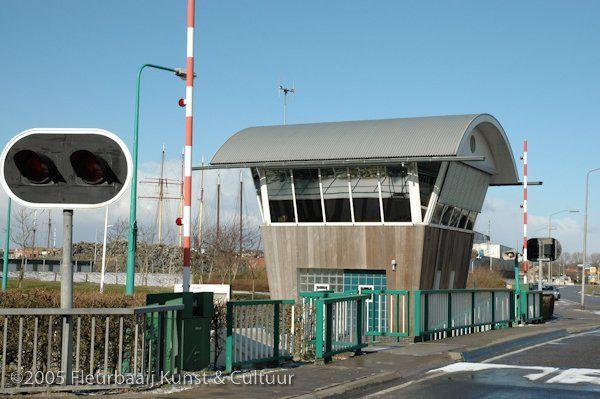 Stuw- en brugbedieningshuisje Urkersluis